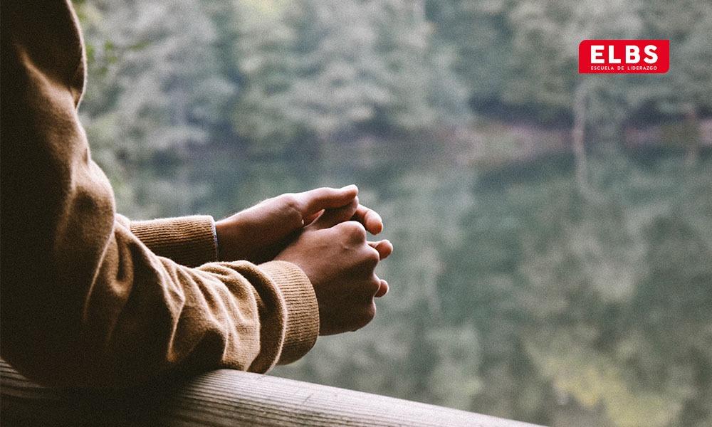 El autoanálisis: herramienta para superar miedos y angustias