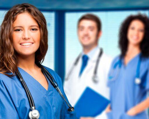 estudiar curso auxiliar de enfermería