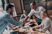 estudiar cursos de liderazgo y comunicación empresarial