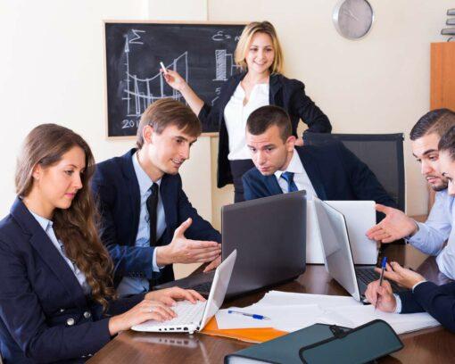 estudiar máster en comunicación oral y escrita en empresa y en las relaciones profesionales.