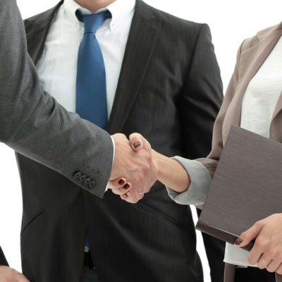 estudiar el máster en negociación, liderazgo y comunicación en la empresa te dotará de habilidades directivas